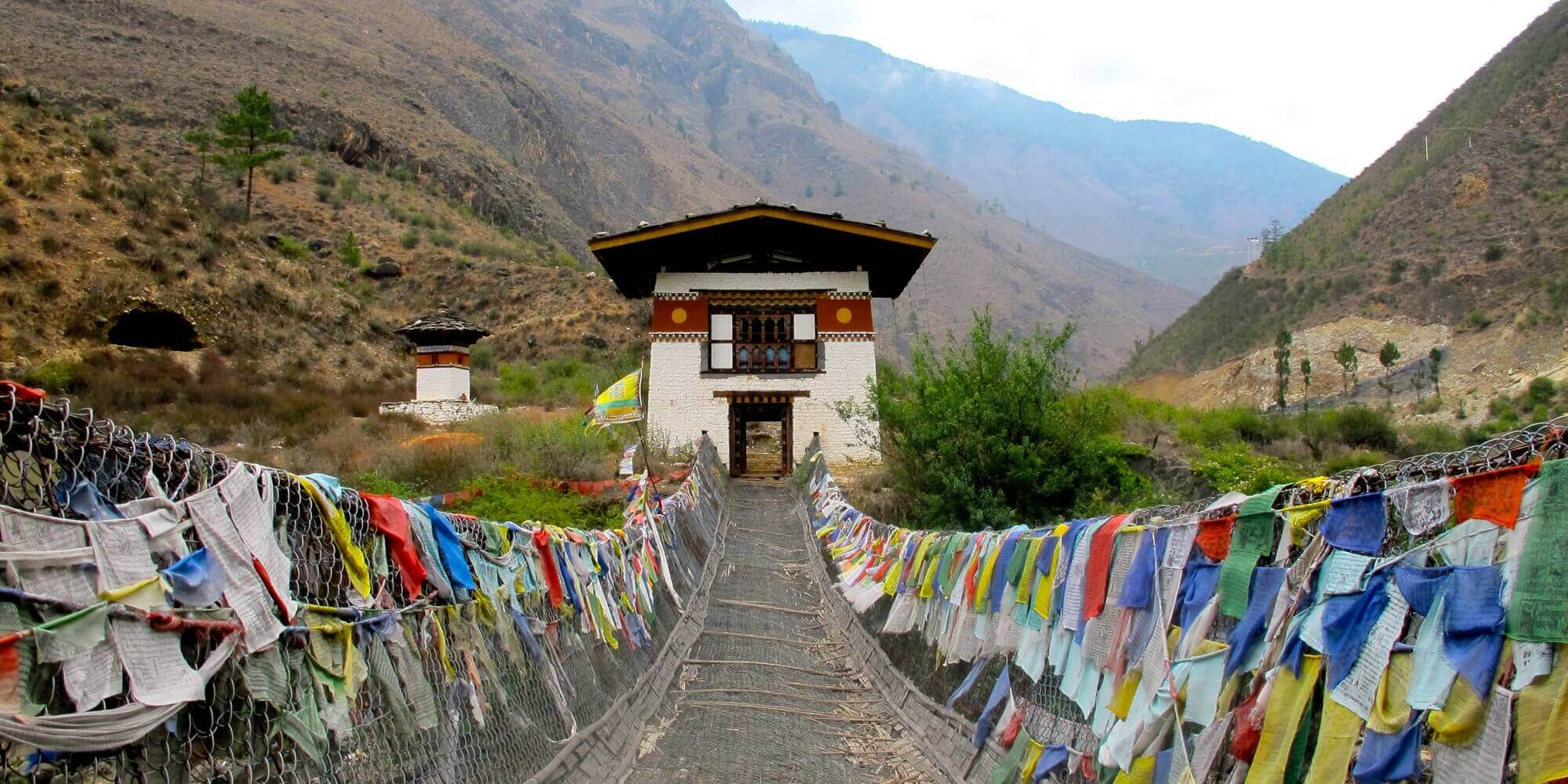 https://buddhatravel.com.au/assets/uploads/package/2019-08-20-05-51-49-7-days-discover-bhutan-tour.jpg