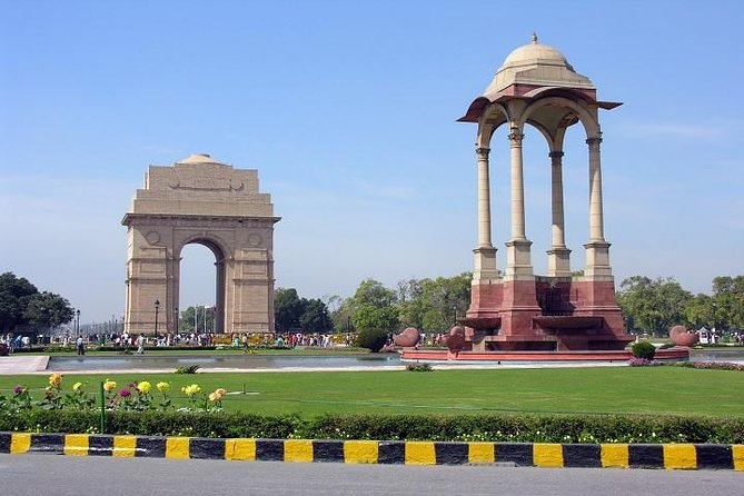 Hop on and Hop Off - A Day tour of Delhi